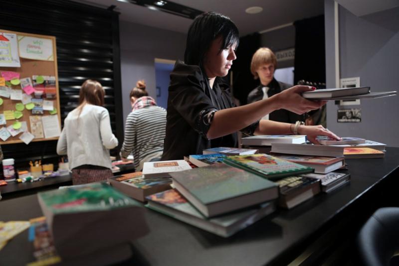 Аэропорт Внуково оборудуют читальным залом с полками для буккроссинга