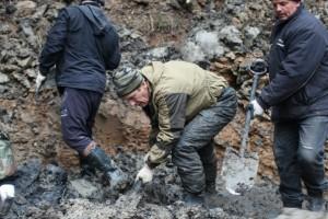 Роговские поисковики обнаружили останки бойцов у деревни Никольские дворы