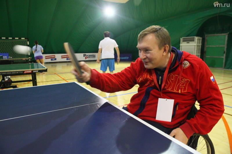 В спортивном клубе «Новая лига» прошло соревнование по пинг-понгу среди депутатов Госдумы