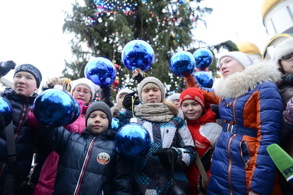 На Кремлевскую елку пригласили 6 тысяч детей