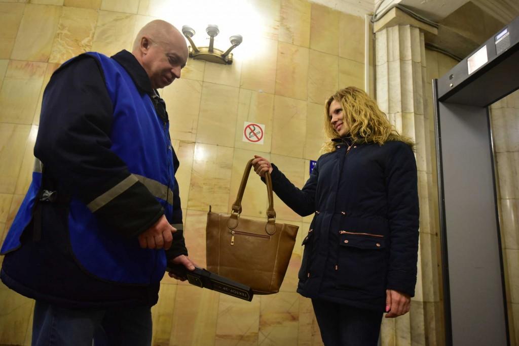 Москва обеспечит безопасность новогодних праздников