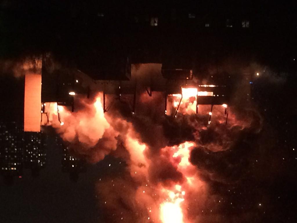 Пожар в Тушино стал крупнейшим за четверть века в столице