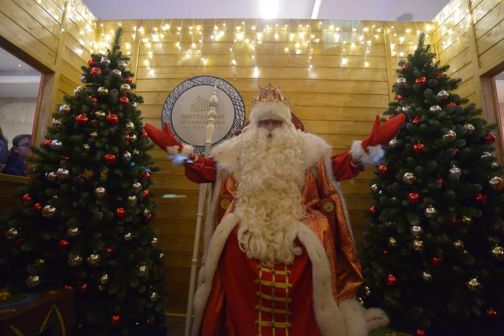 Дед Мороз поздравит детей-инвалидов