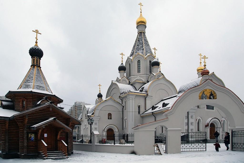 Патриарх освятил первый из 200 запланированных к возведению храмов