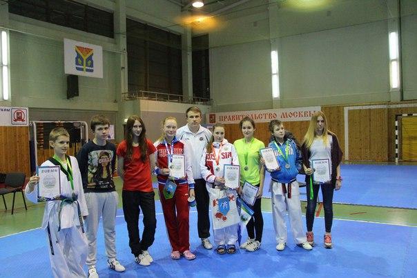 Ребята из Десеновского завоевали медали в соревнованиях по тхэквондо