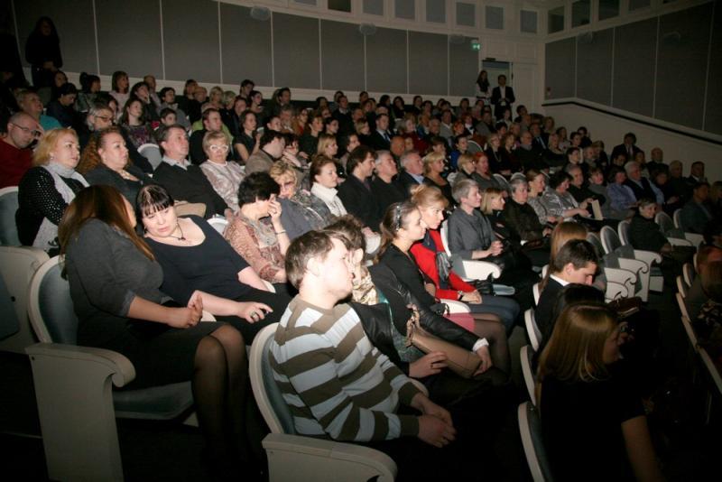 Жители двух поселений обсудят фильмы в один день