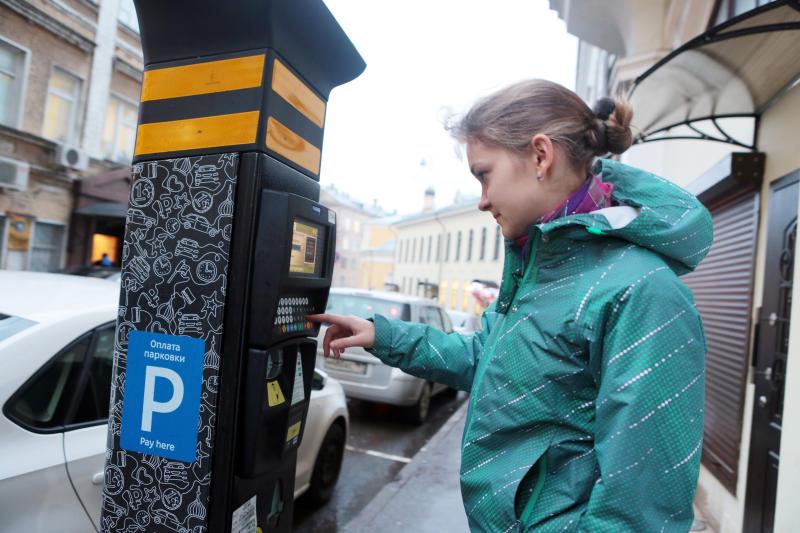 Все советы муниципальных образований Москвы высказались за развитие системы платной парковки