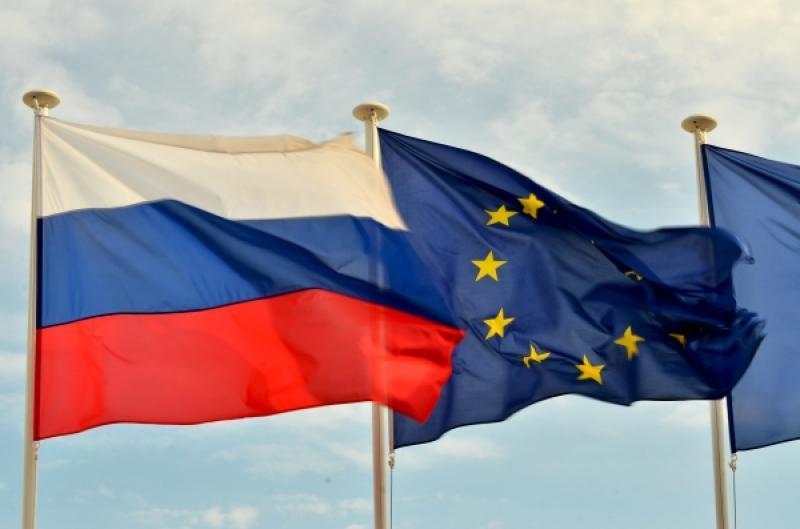 Франция намерена требовать снятия санкций с России после выполнения минских соглашений