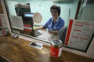Новое оформление касс метрополитена в вестибюле станции метро Комсомольская