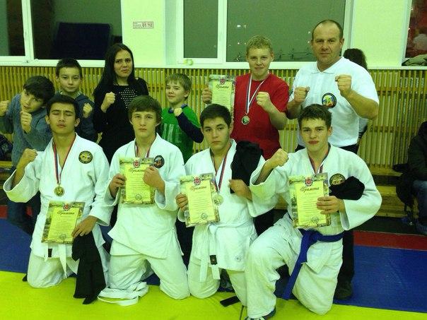 Ребята из Десеновского завоевали медали в турнире по армейскому рукопашному бою