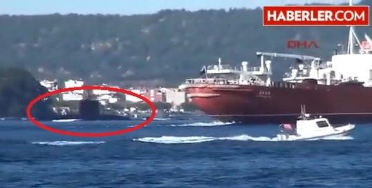 Российский корабль столкнулся с турецкой подлодкой в Дарданеллах