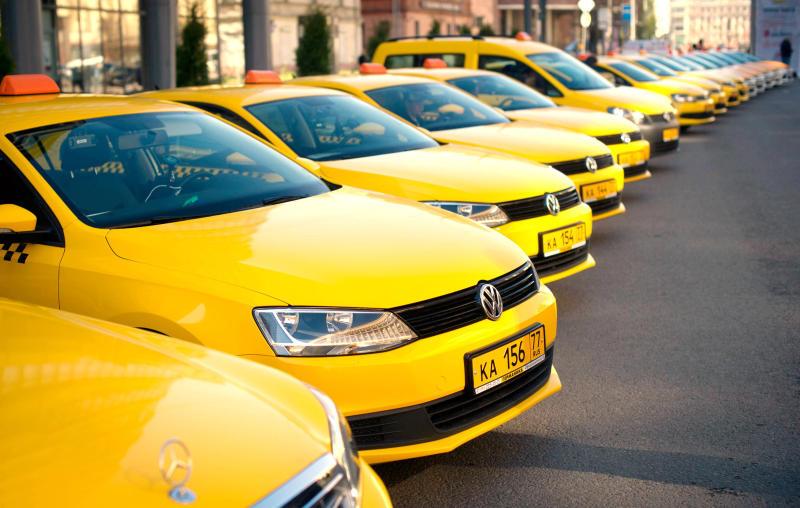В московских аэропортах могут создать систему очередности такси