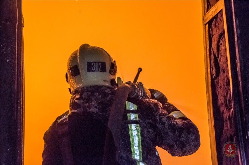 Пожарные новой Москвы спасли жизни 4 человек