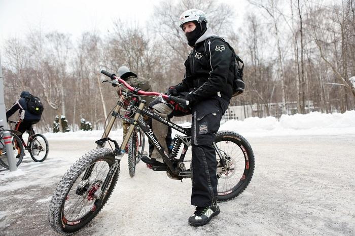 Участники первого зимнего велопарада проедут около 14 километров