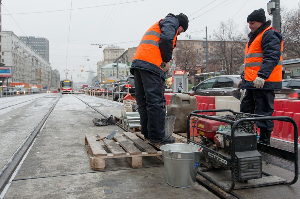 В Москве возобновлена работа строительных бригад