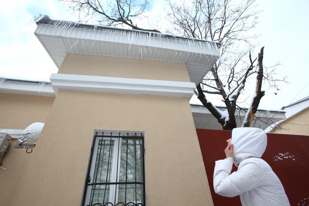 5 правил зимнего города: оградите себя от сосулек
