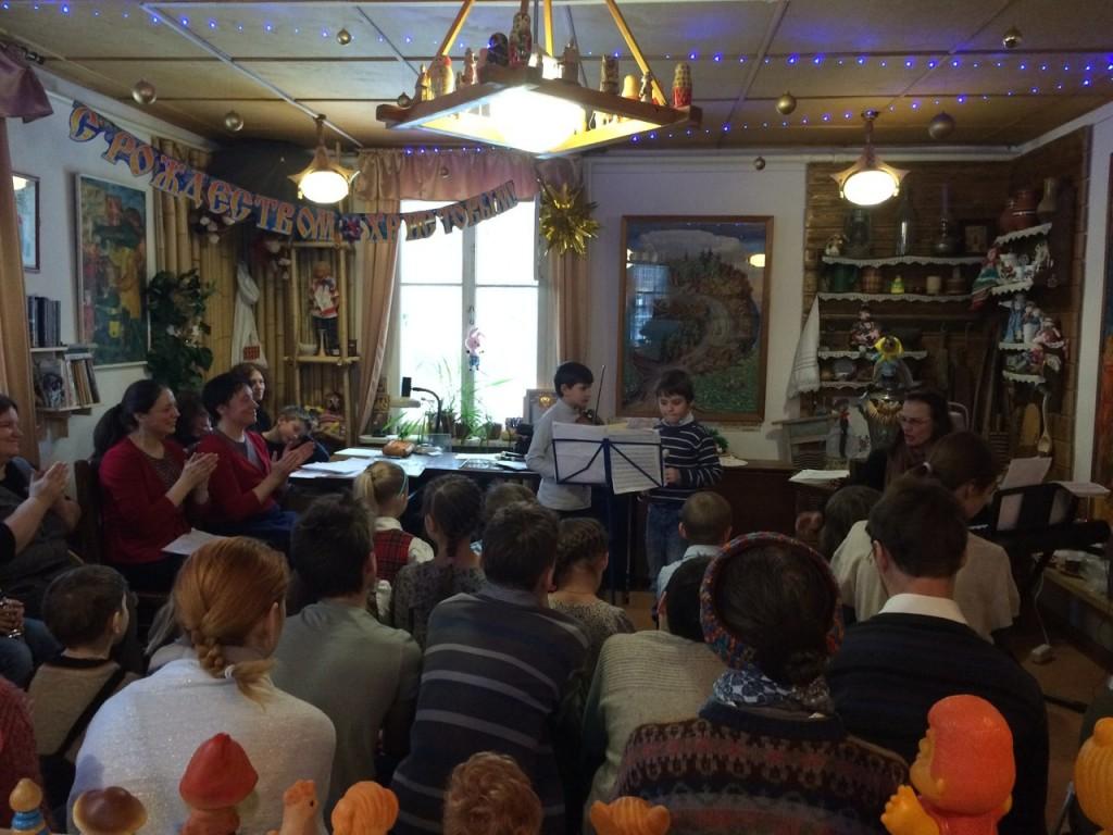 На концерте в библиотеке №266 выступили юные читатели