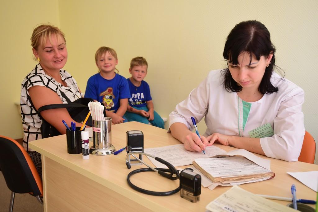 Горожане улучшат работу детских поликлиник Москвы