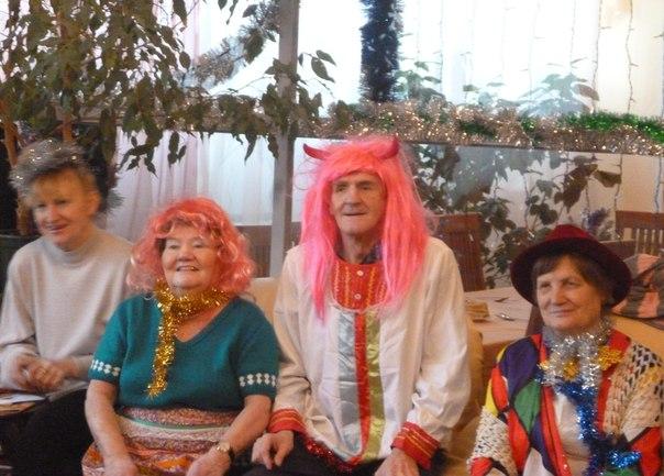 Центр социального обслуживания «Троицкий» устроил праздник для пожилых