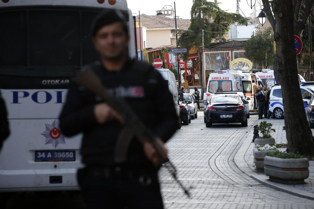 10 человек погибли при взрыве в центре Стамбула
