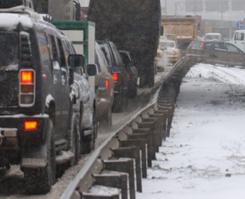 Причиной большой аварии на МКАДе стало плохое самочувствие водителя