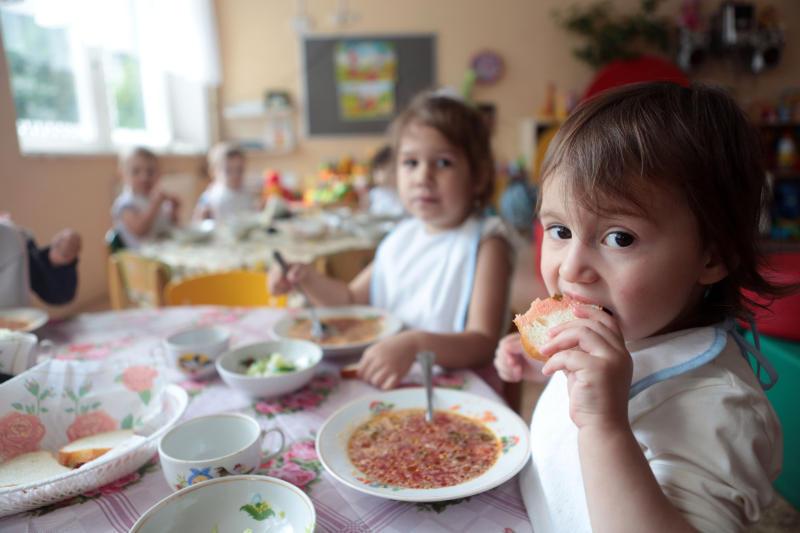 Родителям понравилась идея пятиразового питания в столичных детсадах