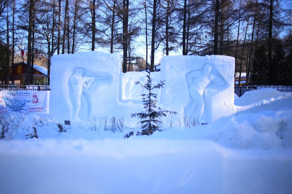 Выставка ледовых фигур на Поклонной горе снова открылась для посетителей