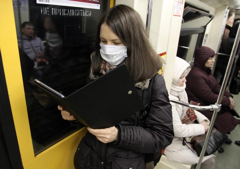 Сотрудники метро приняли дополнительные меры для защиты здоровья пассажиров