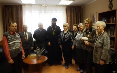 Посетители отделения дневного пребывания «Ерино» пообщались со священником