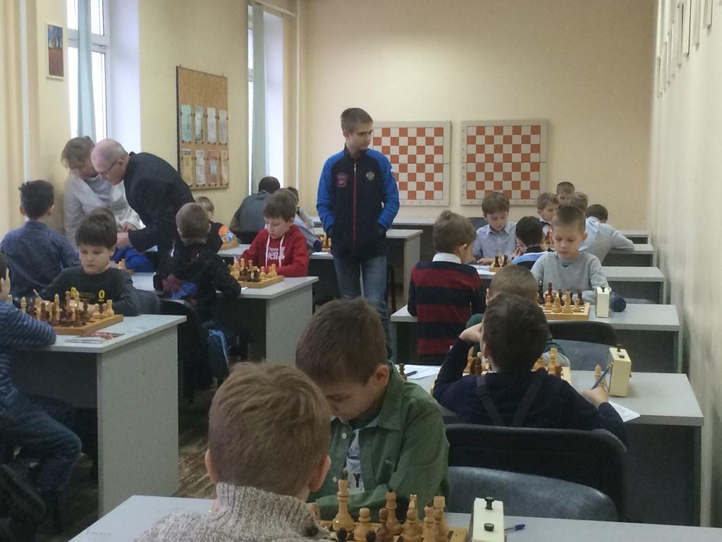 Юные шахматисты защитят честь новых округов в полуфинале городского первенства