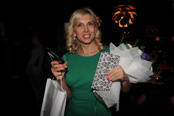 Алена Свиридова: Наряд для премии не так важен, оценивать должны творчество!