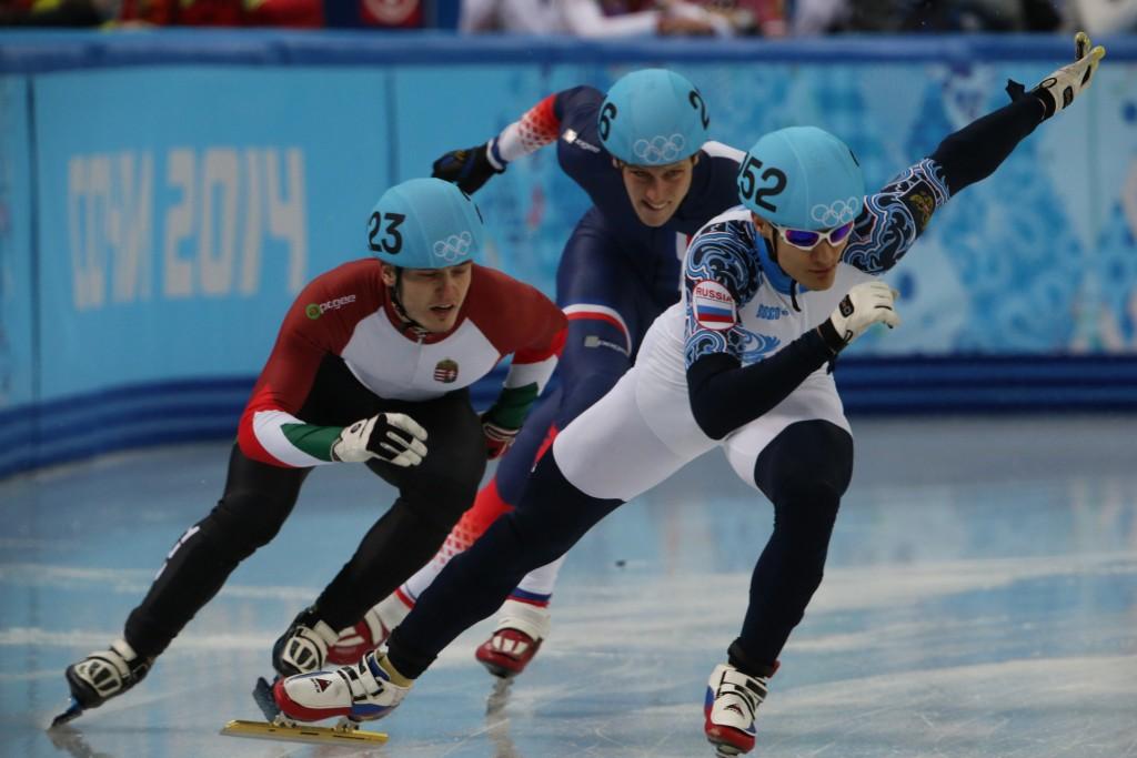 Москвичи взяли четыре призовых места на Кубке мира по шорт-треку