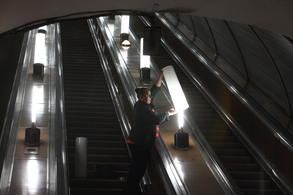В метро появятся взрывоустойчивые люстры