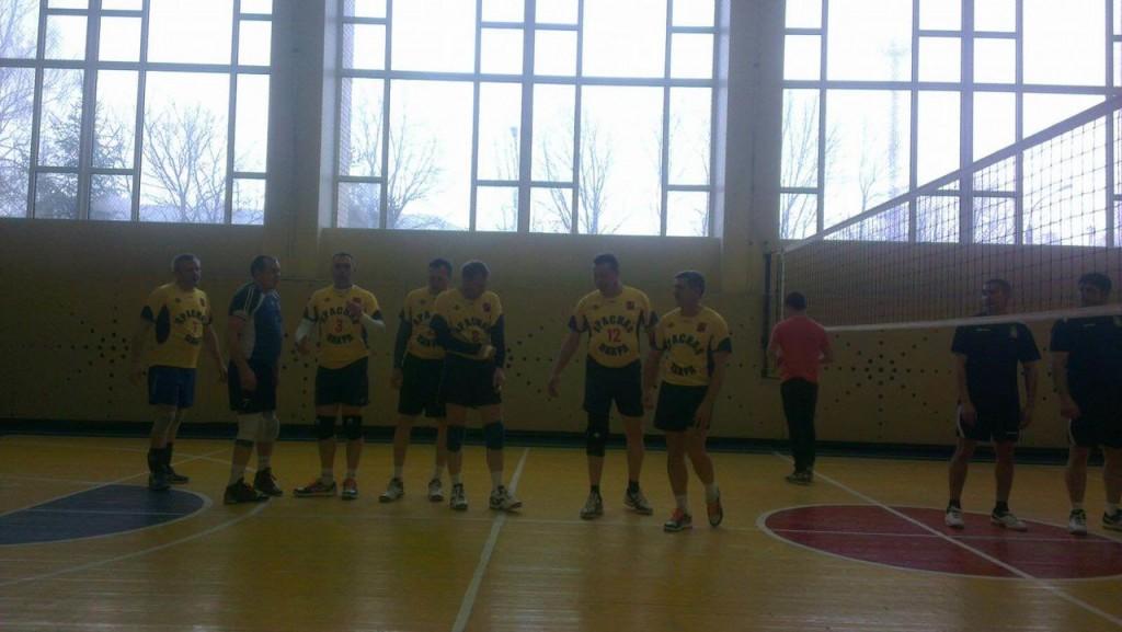 Команды из нескольких поселений сыграли в волейбол в Красной Пахре