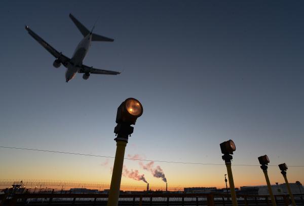 Прокуратура проверяет инцидент с посадкой «треснувшего самолета» в Шереметьево