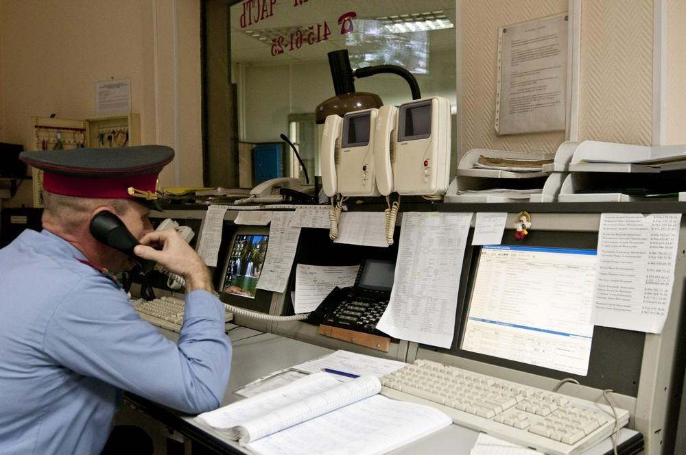 Сотрудники московского УФСИН пресекли попытку передачи телефонов в тюрьму
