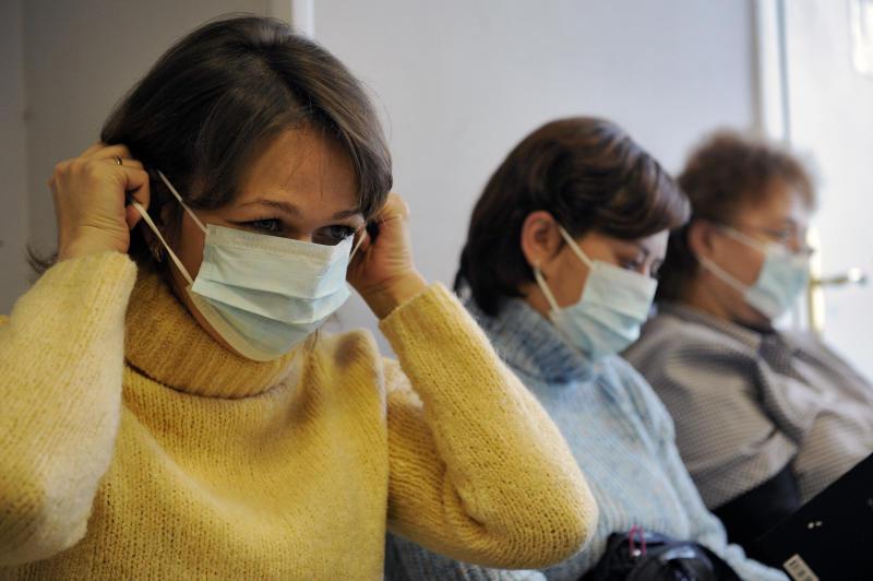 Из-за эпидемии гриппа в аэропортах начали принимать дополнительные меры для защиты от инфекции