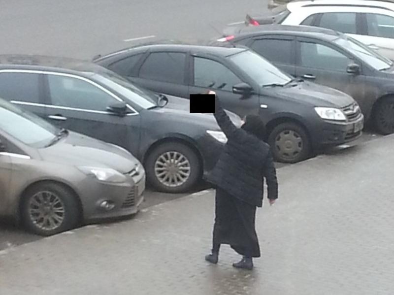 Женщина с головой убитого ребенка задержана у метро «Октябрьское поле»