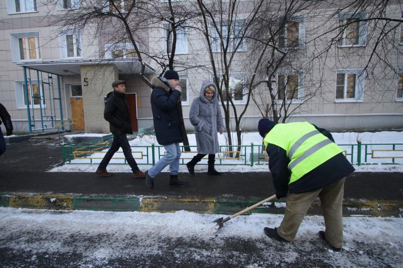 Москвичей предупреждают о резком похолодании к вечеру после аномального дождя