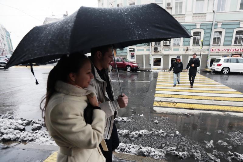 Снег с дождем ожидается в Москве в воскресенье