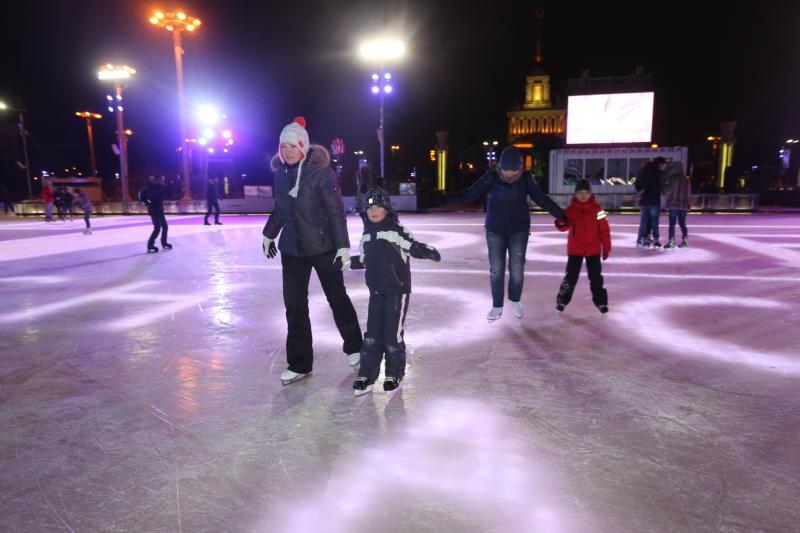 Москвичи проведут День зимних видов спорта с олимпийскими чемпионами