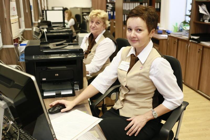 Свидетельство о рождении начнут выдавать универсальные специалисты в офисе госуслуг