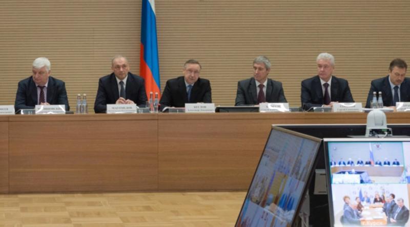 Собянин: около пяти тысяч НКО взаимодействуют с органами власти Москвы