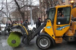 м. Новокузнецкая, у метро сыпят реагены