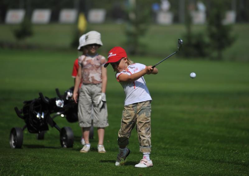 В школах столицы планируют открыть секции гольфа