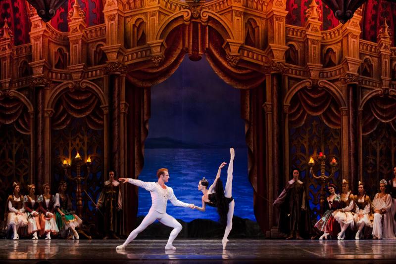 Дата дня: 4 марта 1877 прошла первая постановка балета «Лебединое озеро»