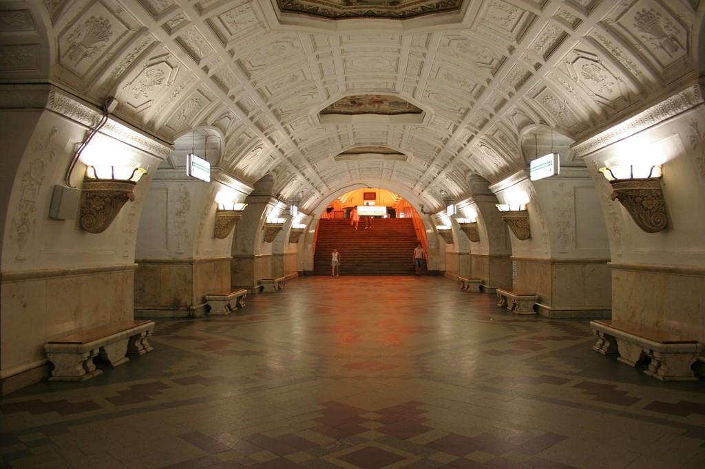 Эскалатор на кольцевой «Белорусской» закрыли до конца апреля