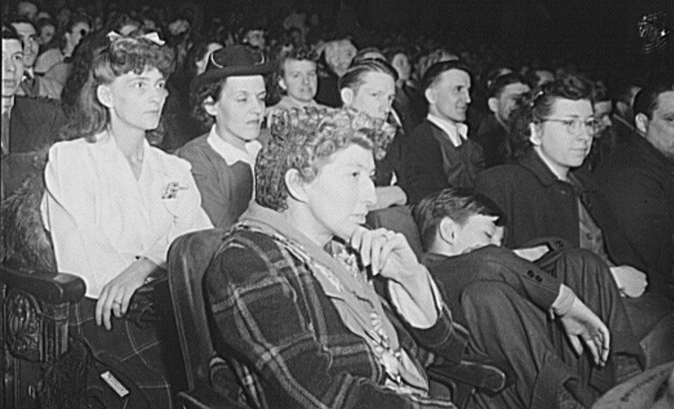 Столетние новости: Кино для студентов