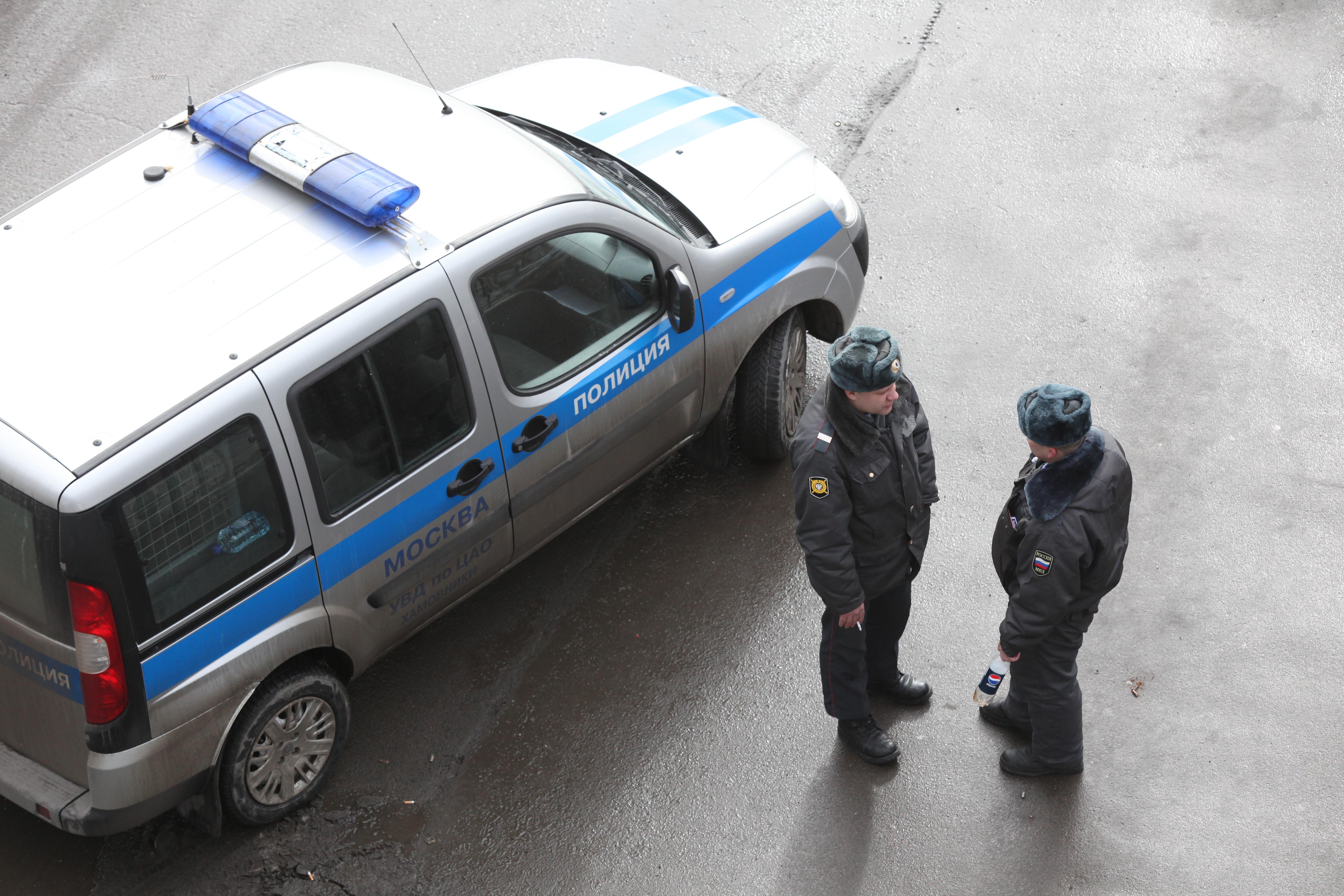 В Москве петербуржец пытался взломать банкомат молотком