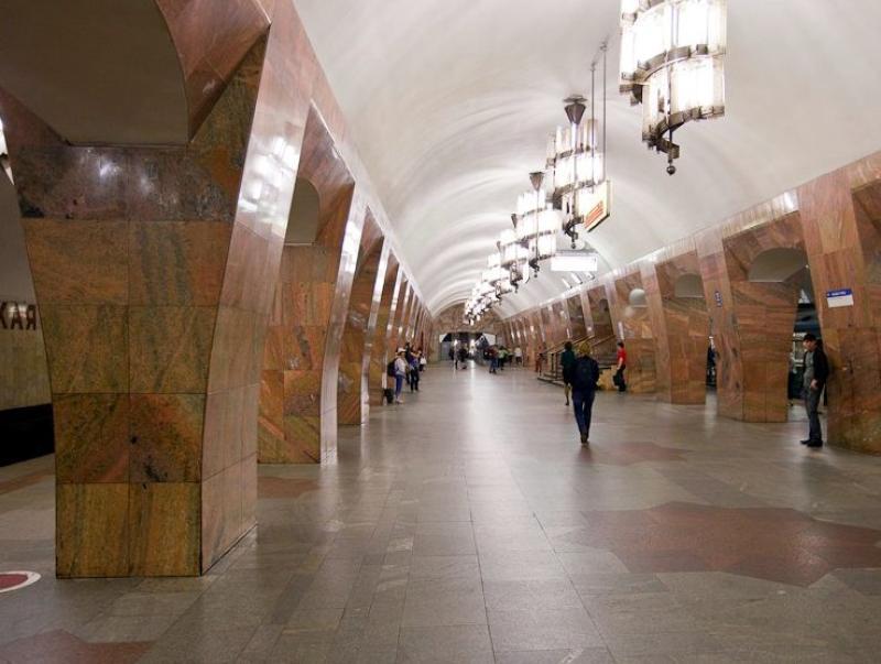 Некоторые вестибюли метро закроют на время благоустройства территории